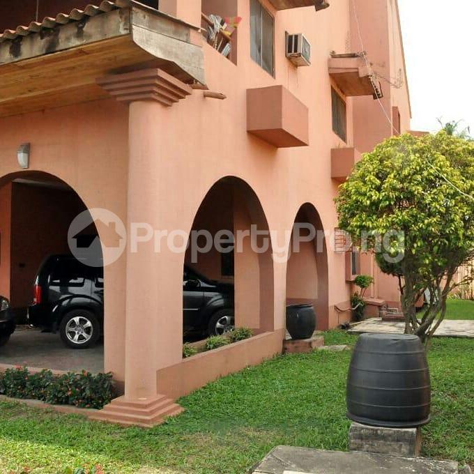5 bedroom Detached Duplex House for sale Off 4th Avenue Festac Amuwo Odofin Lagos - 1