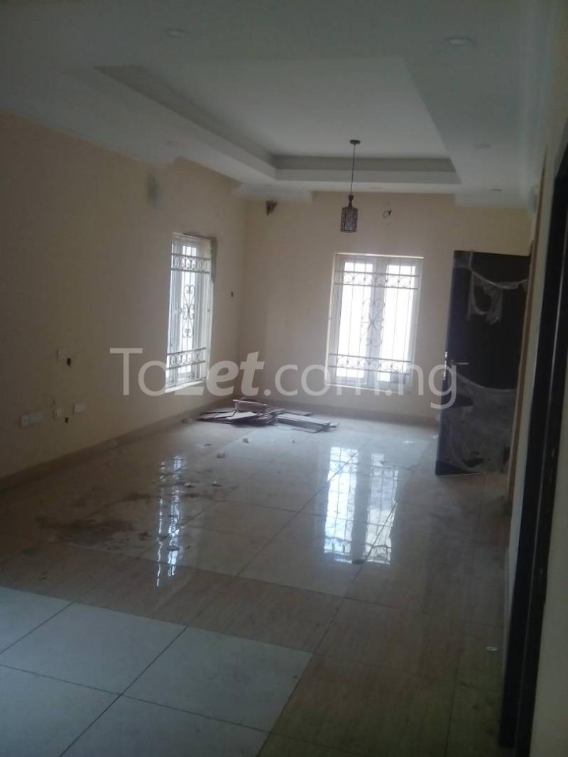 4 bedroom House for sale Bust Street Anthony Village Maryland Lagos - 3