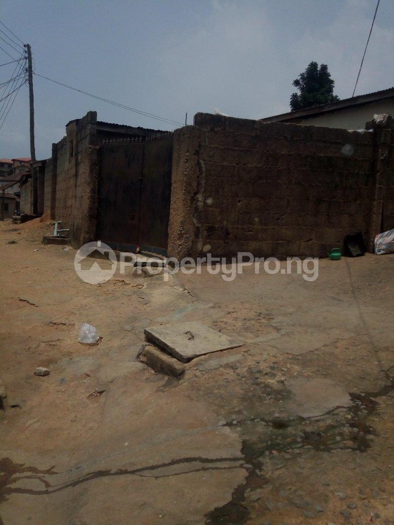 5 bedroom Blocks of Flats House for sale Dagbolu off Idi-Iroko B/stop, Ikorodu, Lagos Ikorodu Ikorodu Lagos - 2