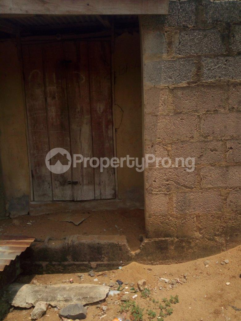 5 bedroom Blocks of Flats House for sale Dagbolu off Idi-Iroko B/stop, Ikorodu, Lagos Ikorodu Ikorodu Lagos - 4