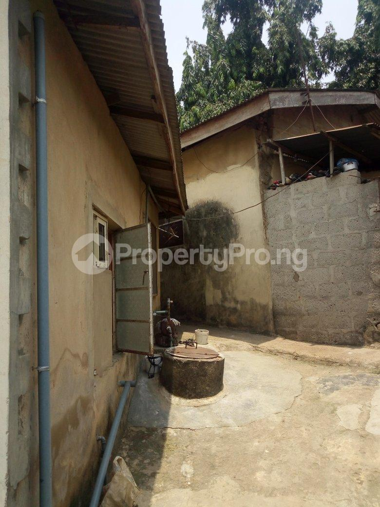 5 bedroom Blocks of Flats House for sale Dagbolu off Idi-Iroko B/stop, Ikorodu, Lagos Ikorodu Ikorodu Lagos - 2