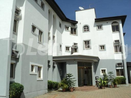 10 bedroom Commercial Property for sale Area, Abuja central business district. Central Area Abuja - 0