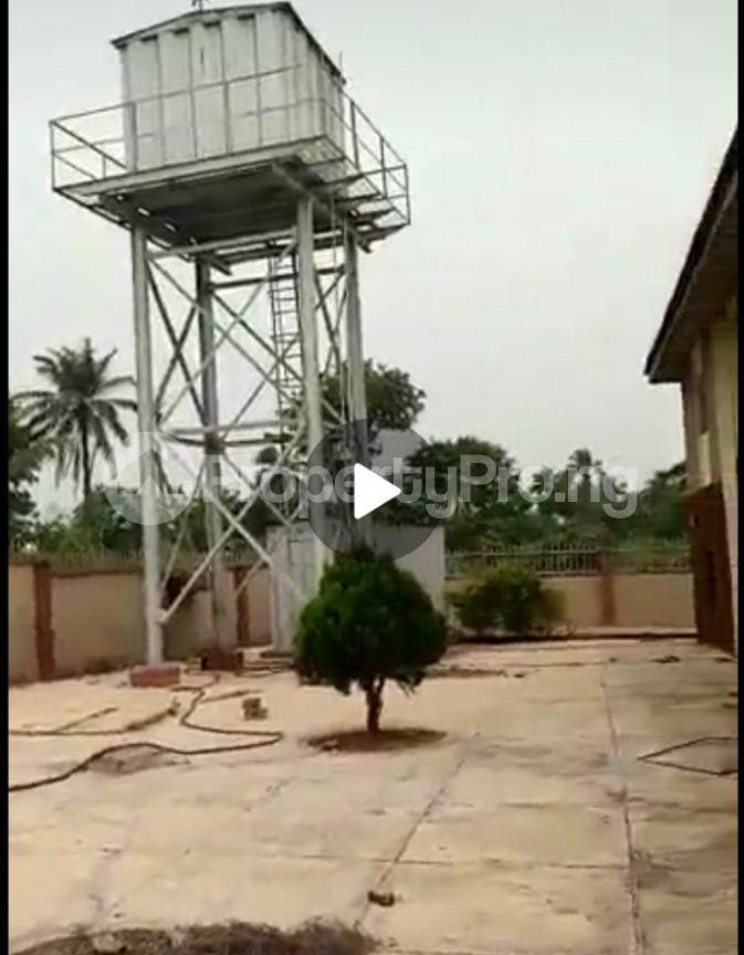 10 bedroom Hotel/Guest House Commercial Property for sale Okuku close close to osun state university  Odo-Otin Osun - 4