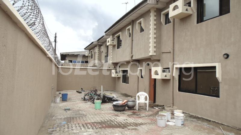 Flat / Apartment for sale Okota Amuwo Odofin Amuwo Odofin Lagos - 8