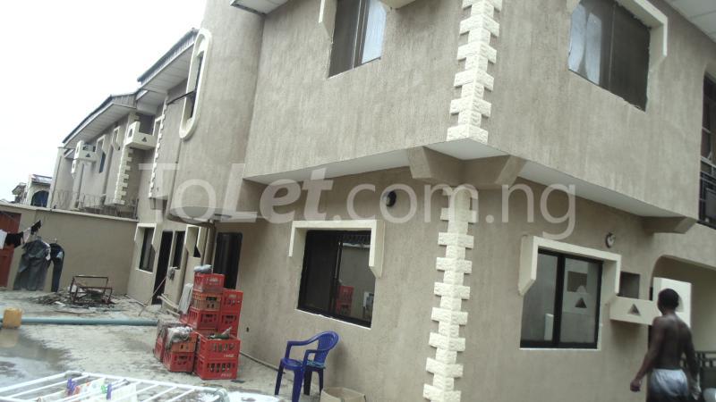 Flat / Apartment for sale Okota Amuwo Odofin Amuwo Odofin Lagos - 5
