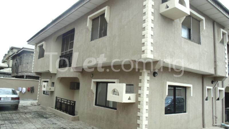 Flat / Apartment for sale Okota Amuwo Odofin Amuwo Odofin Lagos - 2