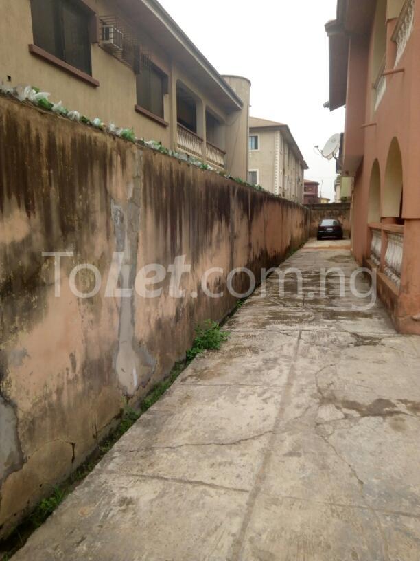 10 bedroom House for sale Adenubi street Ago palace Okota Lagos - 4