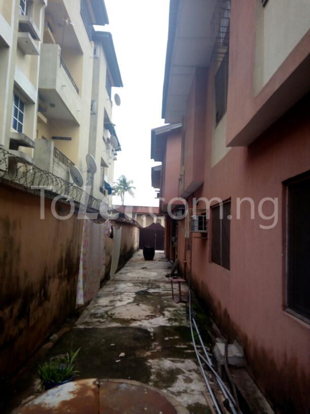 10 bedroom House for sale Adenubi street Ago palace Okota Lagos - 7