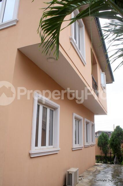 5 bedroom Detached Duplex House for sale Magodo ph1 isheri scheme i. Magodo GRA Phase 1 Ojodu Lagos - 3