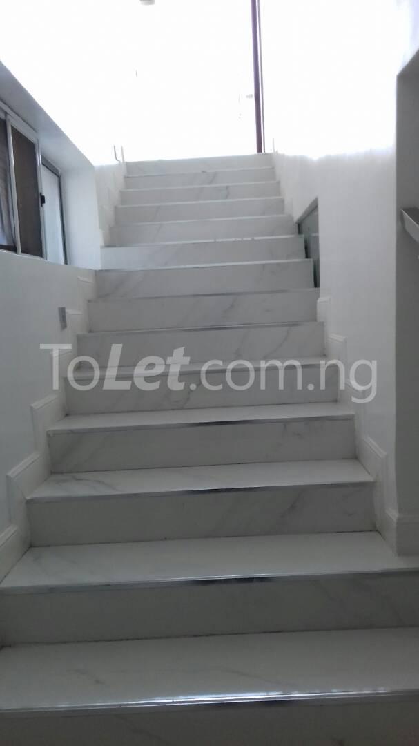 6 bedroom House for sale Alcaldia Estate Lekki Lagos - 15
