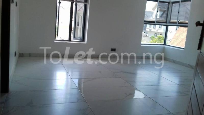 6 bedroom House for sale Alcaldia Estate Lekki Lagos - 3
