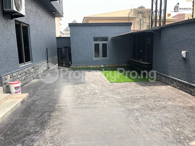 6 bedroom Detached Duplex House for sale Chevron Lekki chevron Lekki Lagos - 11
