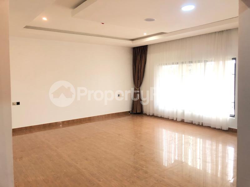 6 bedroom Detached Duplex House for sale Chevron Lekki chevron Lekki Lagos - 23
