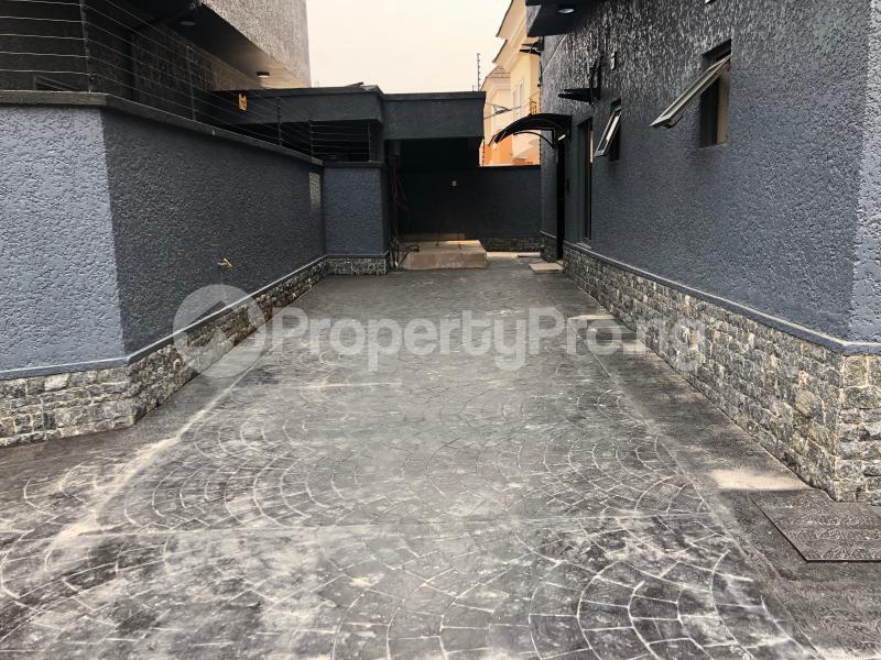 6 bedroom Detached Duplex House for sale Chevron Lekki chevron Lekki Lagos - 13