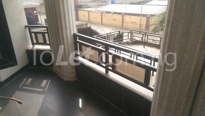 6 bedroom House for sale Unipetrol Ojo Lagos - 3