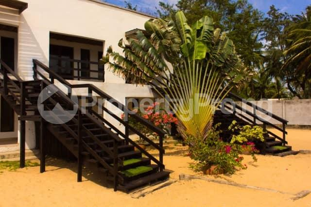6 bedroom House for shortlet Ilashe Beach. Ajah Lagos - 4