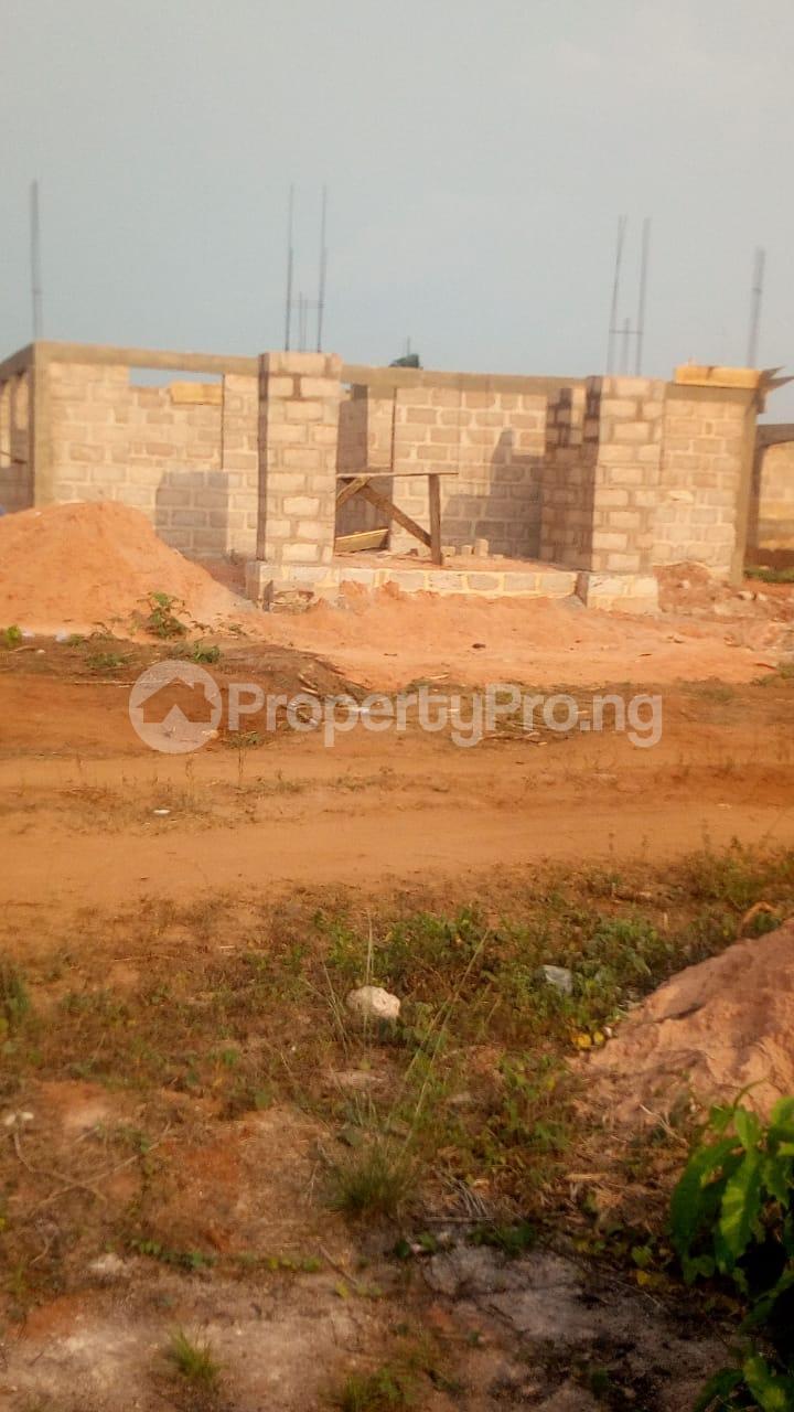 3 bedroom Detached Bungalow House for sale Oviegie close to Oluku, after uniben Oredo Edo - 0