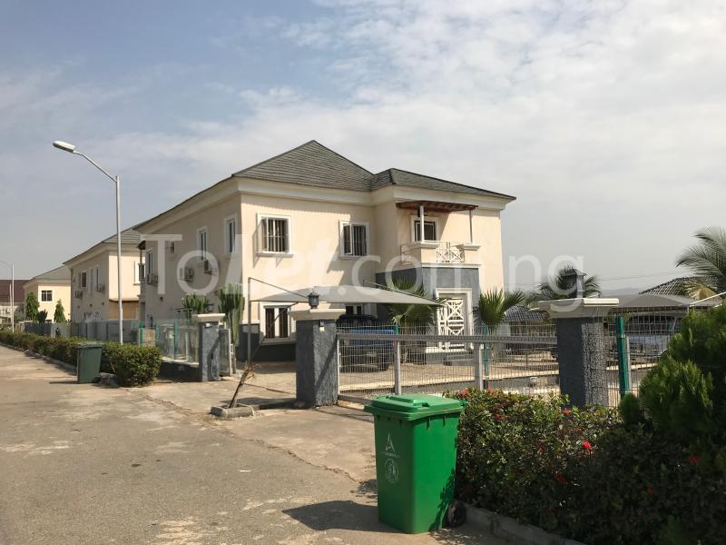 6 bedroom House for sale behind Gwarimpa Kafe Abuja - 4