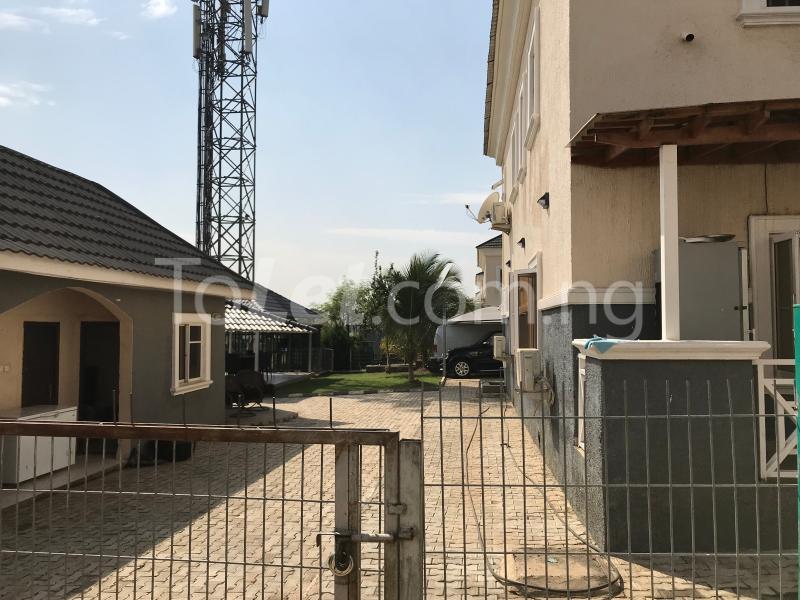 6 bedroom House for sale behind Gwarimpa Kafe Abuja - 0