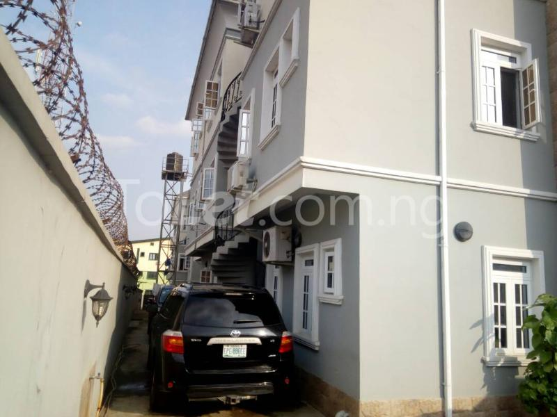 3 bedroom Flat / Apartment for sale Sosanya street   Soluyi Gbagada Lagos - 7