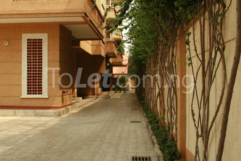 3 bedroom Flat / Apartment for rent Mosley Road. Ikoyi. Lagos Mosley Road Ikoyi Lagos - 3