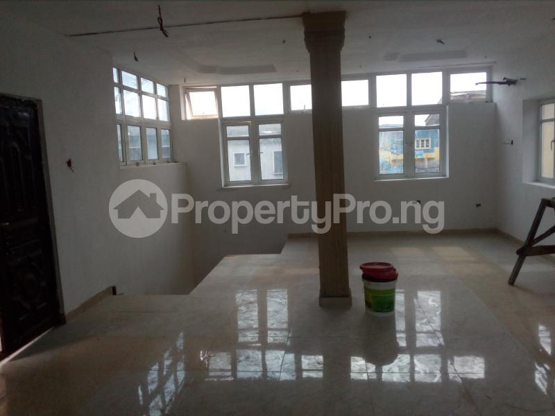 Flat / Apartment for rent Off Ogunana drive  Ogunlana Surulere Lagos - 1