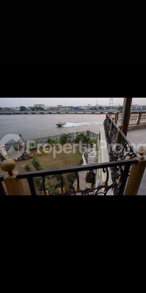 8 bedroom Detached Duplex House for sale Waterfront  Banana Island Ikoyi Lagos - 9