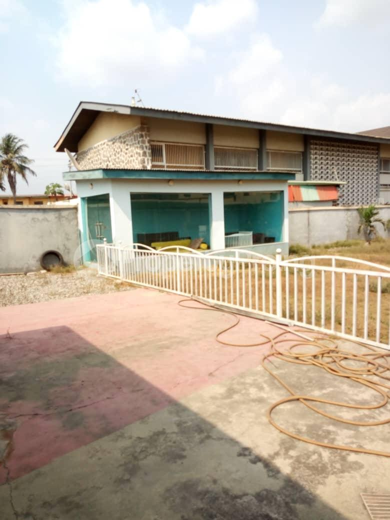 2 bedroom Detached Bungalow House for sale - Shonibare Estate Maryland Lagos - 0