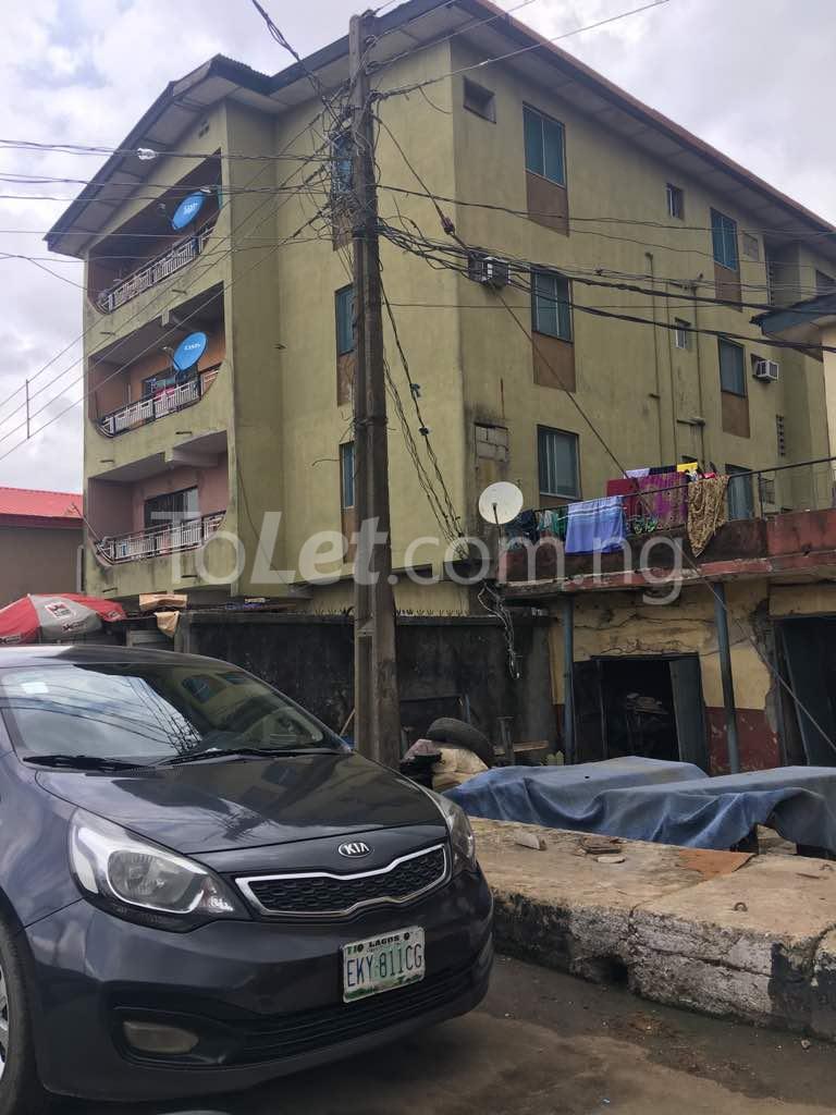 3 bedroom Flat / Apartment for sale - Akoka Yaba Lagos - 2