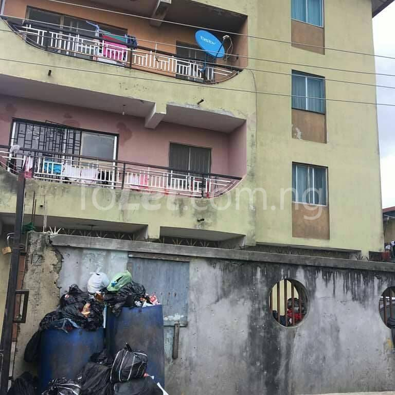 3 bedroom Flat / Apartment for sale - Akoka Yaba Lagos - 1