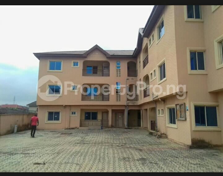 3 bedroom Blocks of Flats House for rent - council Egbe/Idimu Lagos - 3