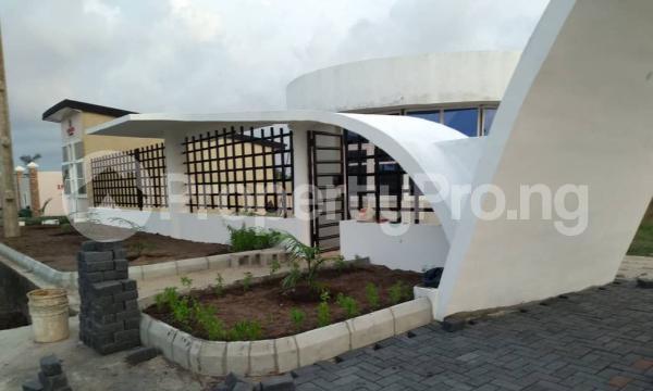 4 bedroom Show Room Commercial Property for sale Abijo Gra, Ajah, Lagos Coker Road Ilupeju Lagos - 0