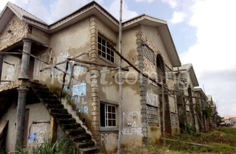 10 bedroom Flat / Apartment for sale - Ado-Ekiti Ekiti - 1