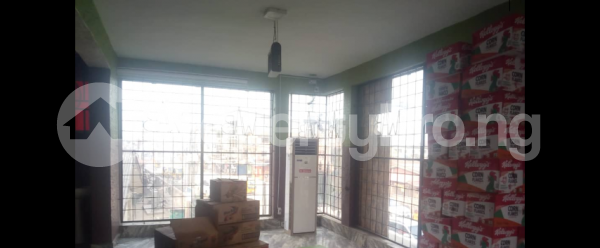 8 bedroom Hotel/Guest House Commercial Property for rent  Dopemu Road,  Dopemu Agege Lagos - 10