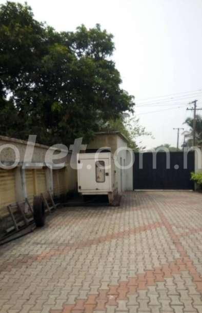 3 bedroom Flat / Apartment for rent GRA Apapa Lagos - 4
