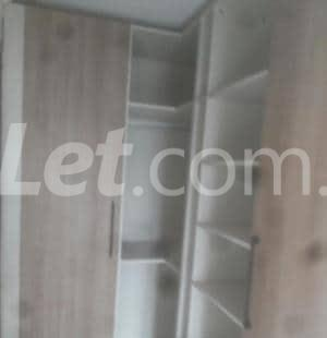 5 bedroom Shared Apartment Flat / Apartment for rent Onike Yaba Lagos - 12