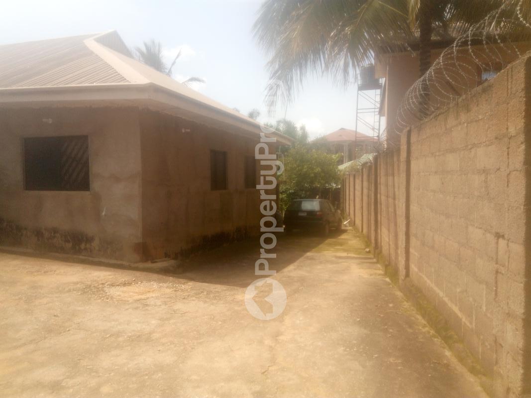 4 bedroom Detached Bungalow House for sale Barnawa phase 2 Kaduna South Kaduna - 1