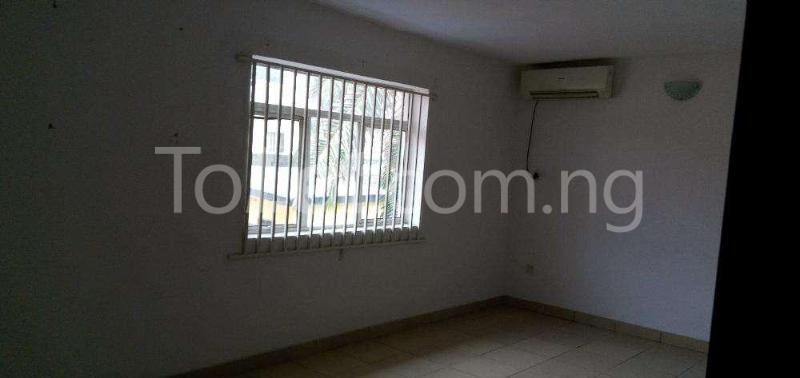3 bedroom Flat / Apartment for rent Shonibare estate, maryland Shomolu Lagos - 2