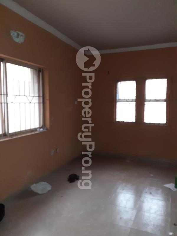 3 bedroom Flat / Apartment for rent Medina Estate Atunrase Medina Gbagada Lagos - 6