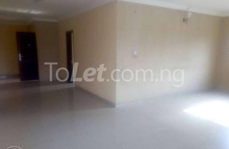 4 bedroom Flat / Apartment for rent Orile Oshodi, Oshodi/Isolo, Lagos Orile Lagos - 6
