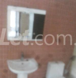 5 bedroom Shared Apartment Flat / Apartment for rent Onike Yaba Lagos - 15