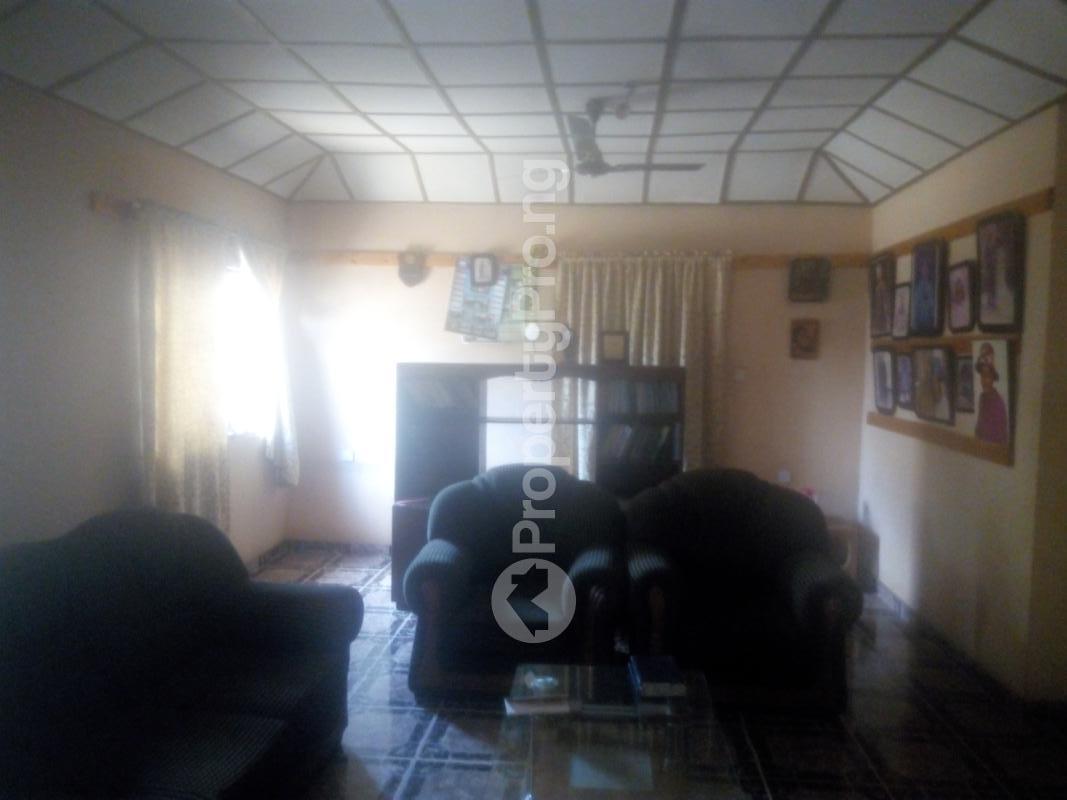 4 bedroom Detached Bungalow House for sale Barnawa phase 2 Kaduna South Kaduna - 5
