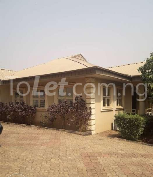 3 bedroom Flat / Apartment for rent - Osogbo Osun - 0