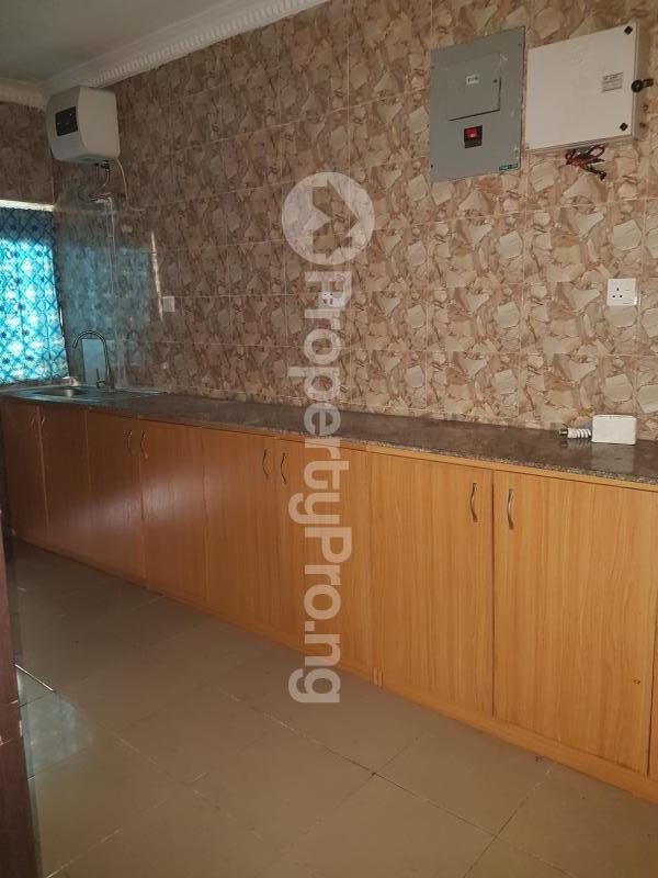 2 bedroom Flat / Apartment for rent Abati Street  idi- Araba Surulere Lagos - 7