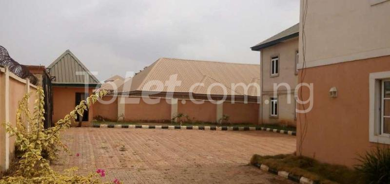 7 bedroom Flat / Apartment for sale Oshimili South/Asaba, Delta Oshimili Delta - 3