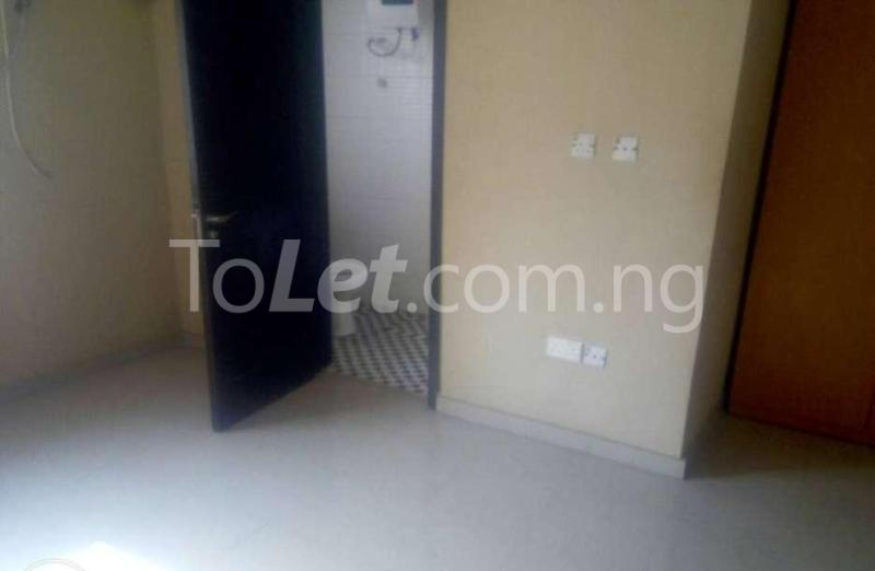 4 bedroom Flat / Apartment for rent Orile Oshodi, Oshodi/Isolo, Lagos Orile Lagos - 5