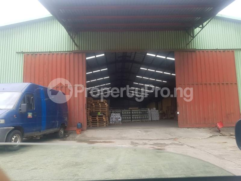 Warehouse Commercial Property for rent Daily Times Bustop Agidingbi Ikeja Lagos - 4