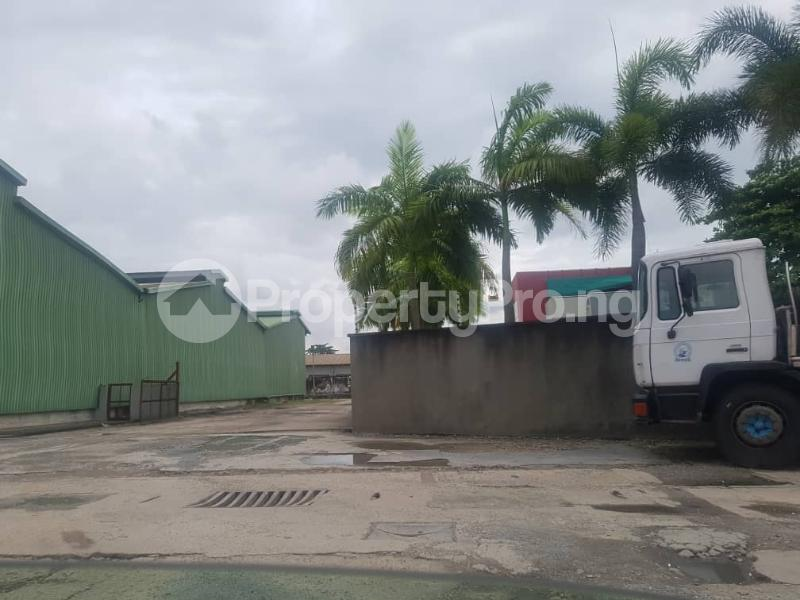 Warehouse Commercial Property for rent Daily Times Bustop Agidingbi Ikeja Lagos - 1