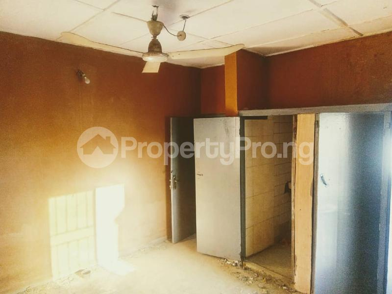 2 bedroom Detached Bungalow House for rent along karu road just on the express  Karu Nassarawa - 6