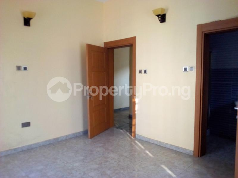 2 bedroom Flat / Apartment for sale Close to Domino's Pizza Ologolo Rd Lekki Phase 2 Lekki Lagos - 8
